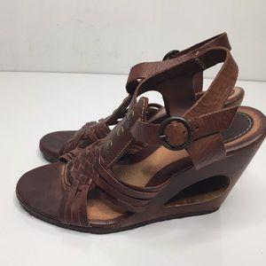 Frye brown Wedge sandals sz 6